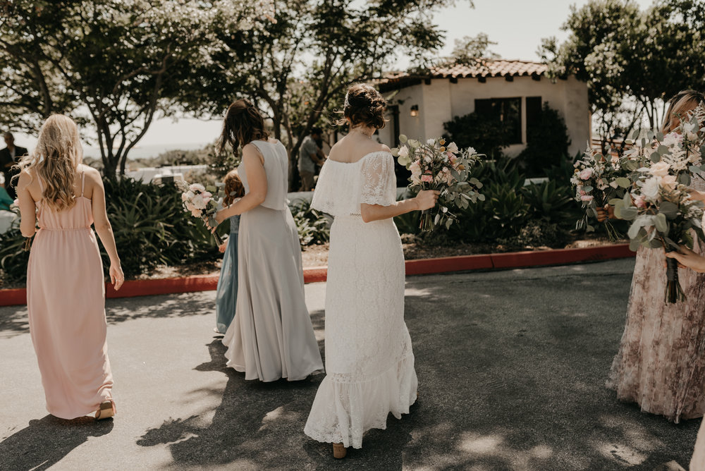 © Isaiah + Taylor Photography - San Clemente Historic Cottage Laid-Back Wedding-081.jpg