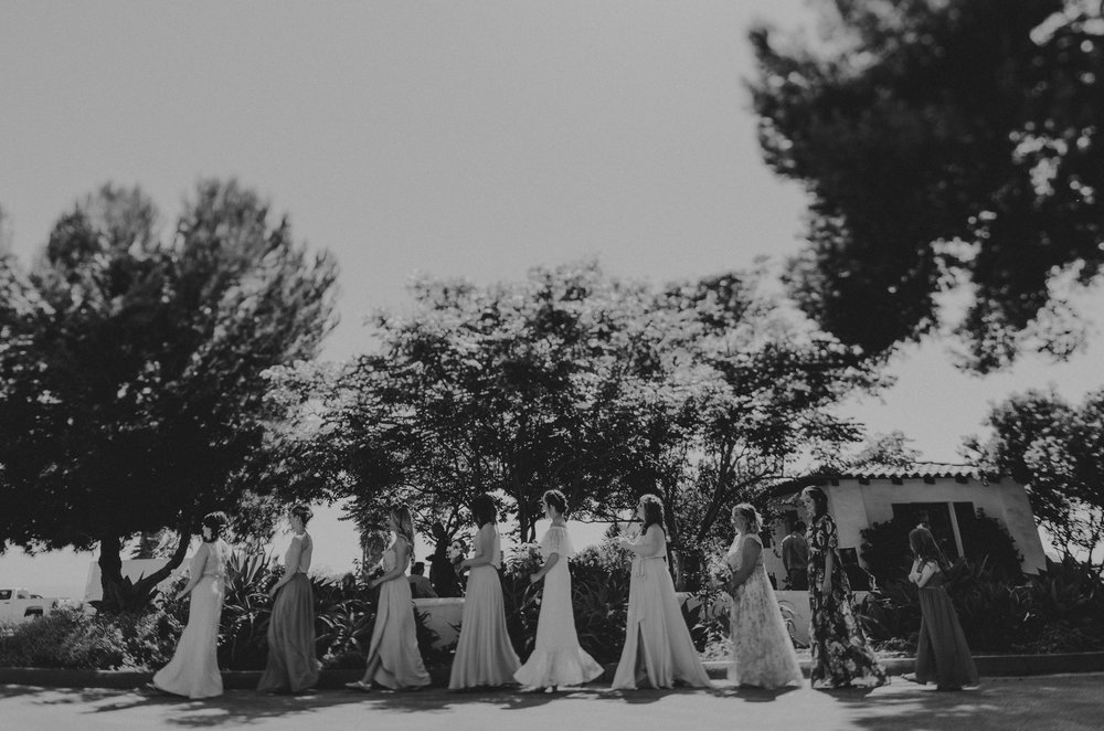 © Isaiah + Taylor Photography - San Clemente Historic Cottage Laid-Back Wedding-087.jpg
