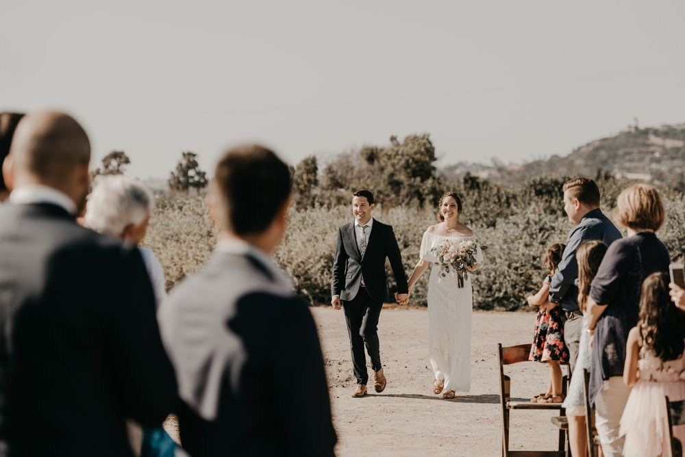 © Isaiah + Taylor Photography - San Clemente Historic Cottage Laid-Back Wedding-099.jpg