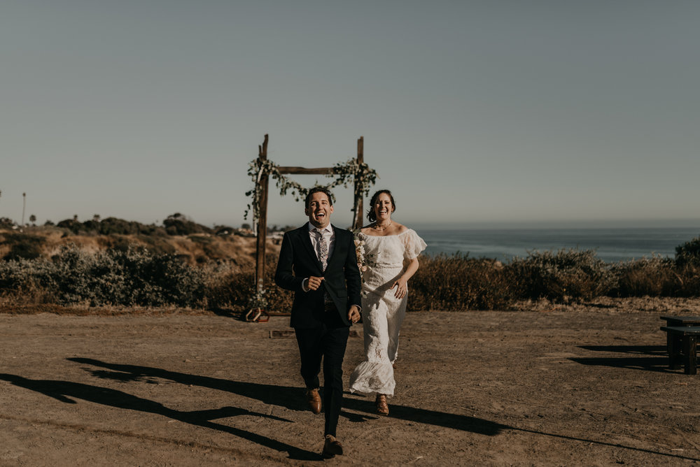 © Isaiah + Taylor Photography - San Clemente Historic Cottage Laid-Back Wedding-120.jpg