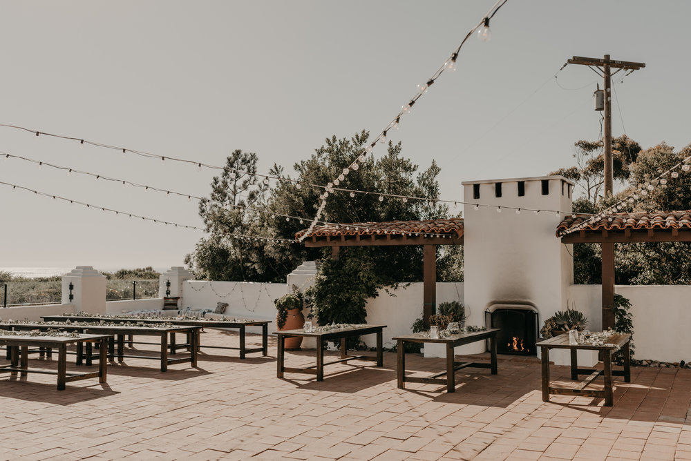 © Isaiah + Taylor Photography - San Clemente Historic Cottage Laid-Back Wedding-126.jpg