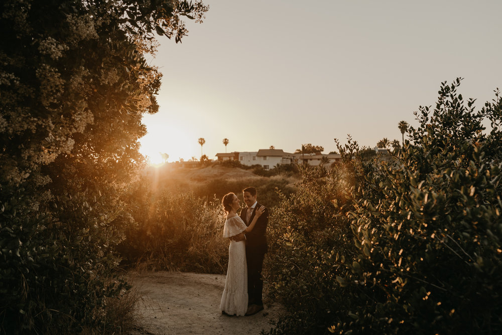 © Isaiah + Taylor Photography - San Clemente Historic Cottage Laid-Back Wedding-169.jpg