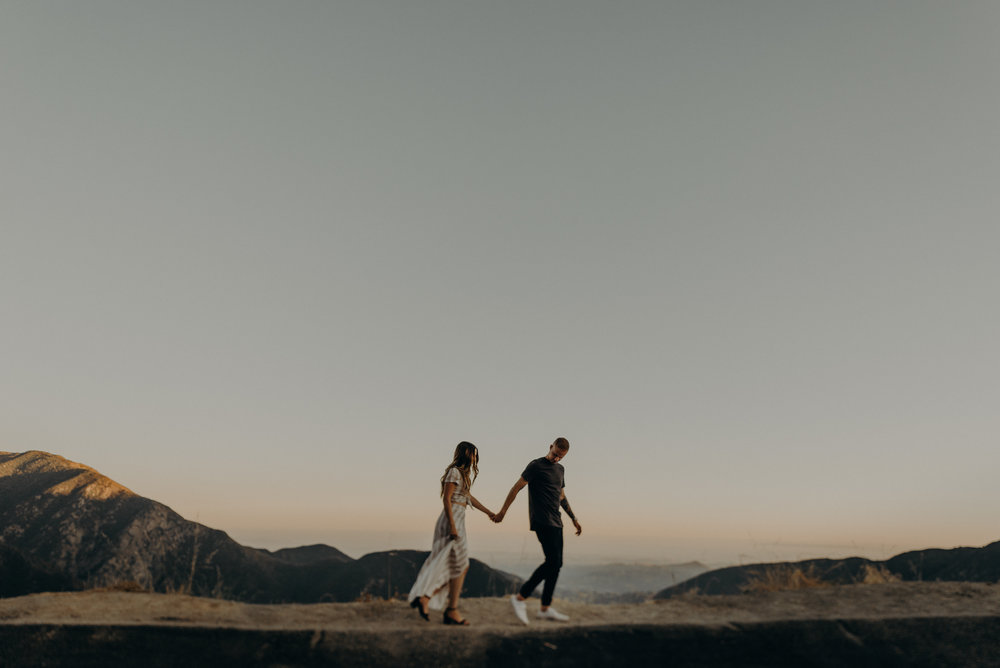 Isaiah + Taylor Photography - Los Angeles Mountain Engagement Photographer-004.jpg
