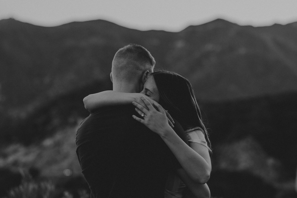 Isaiah + Taylor Photography - Los Angeles Mountain Engagement Photographer-011.jpg