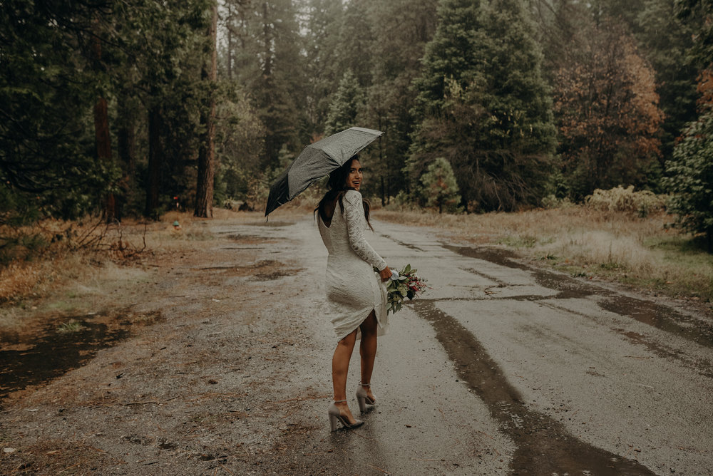 Isaiah + Taylor Photography - Yosemite Elopement - Los Angeles Wedding Photographer-9.jpg