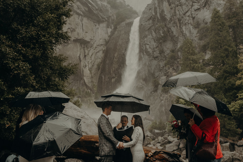 Isaiah + Taylor Photography - Yosemite Elopement - Los Angeles Wedding Photographer-34.jpg