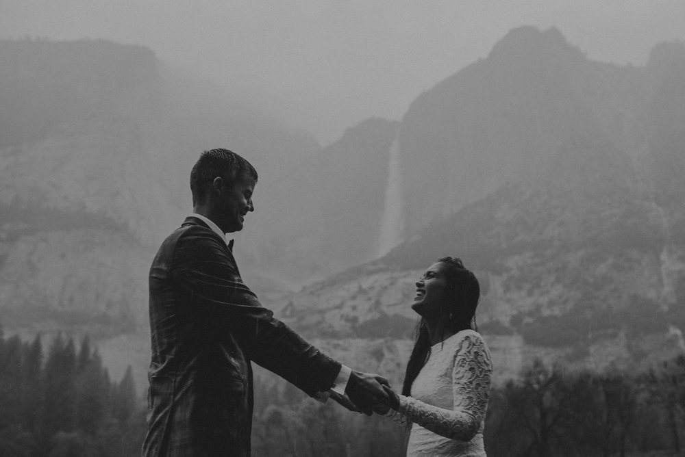 Isaiah + Taylor Photography - Yosemite Elopement - Los Angeles Wedding Photographer-61.jpg