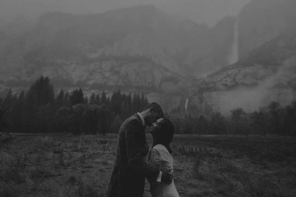 Isaiah + Taylor Photography - Yosemite Elopement - Los Angeles Wedding Photographer-64.jpg