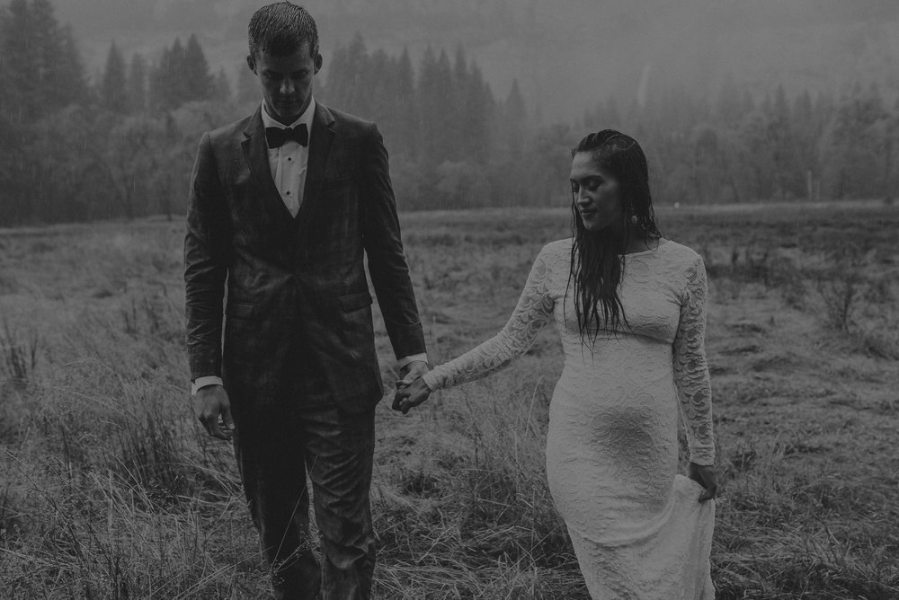 Isaiah + Taylor Photography - Yosemite Elopement - Los Angeles Wedding Photographer-71.jpg