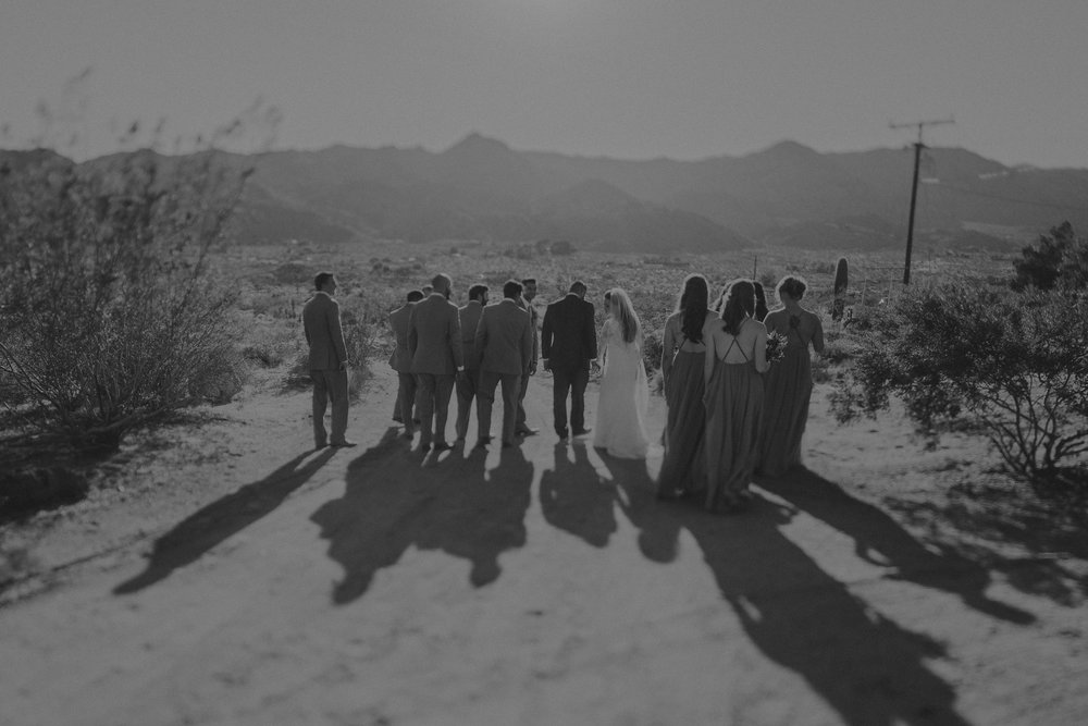 ©Isaiah + Taylor Photography - Joshua Tree Wedding Elopement-069.jpg