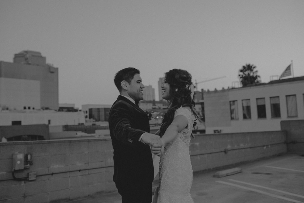 ©Isaiah + Taylor Photography - the Loft on Pine Wedding, Long Beach Wedding Photographer-162.jpg