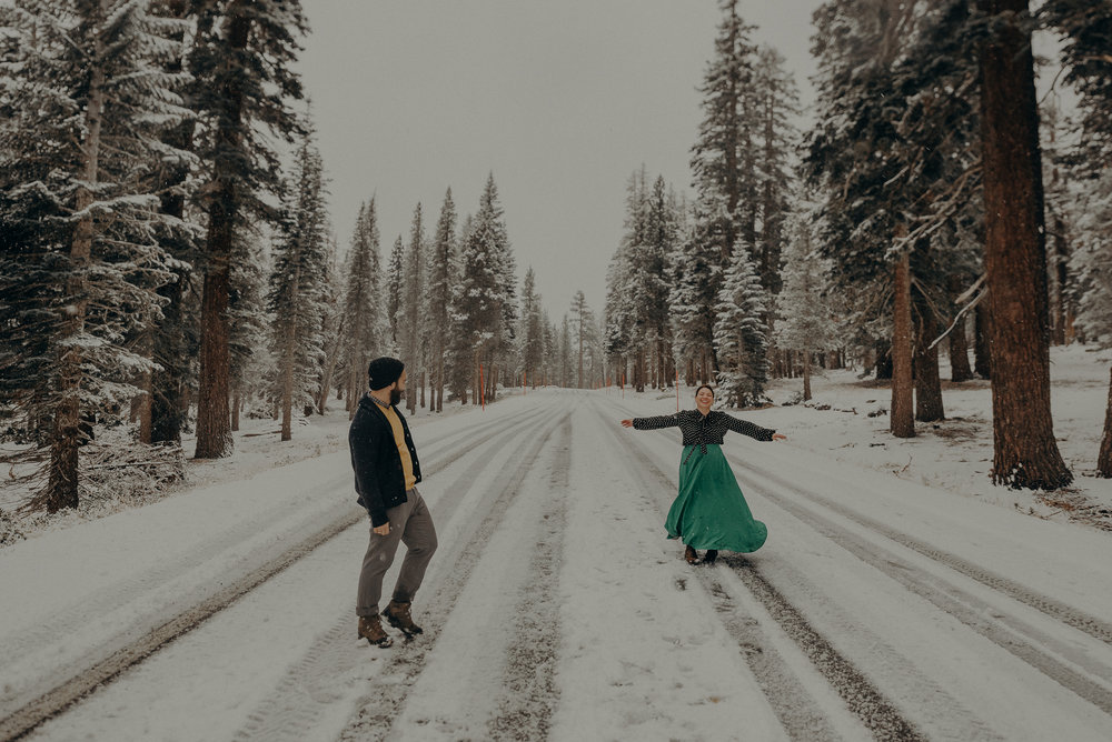 ©Isaiah + Taylor Photography - Los Angeles Wedding Photographer - Snowing engagement session-033.jpg