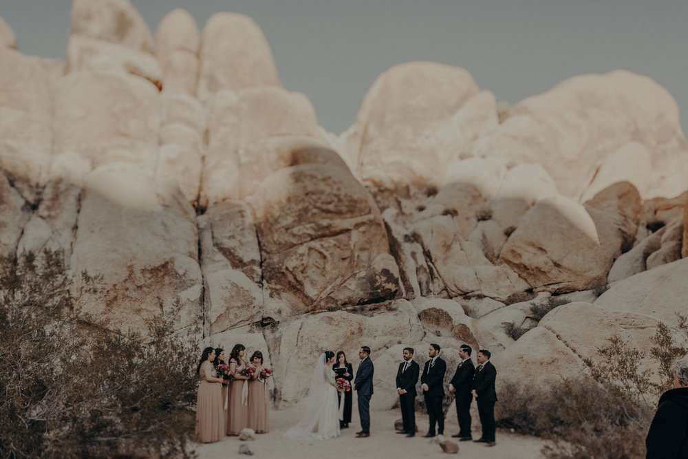 small elopement in Joshua Tree Indian cove