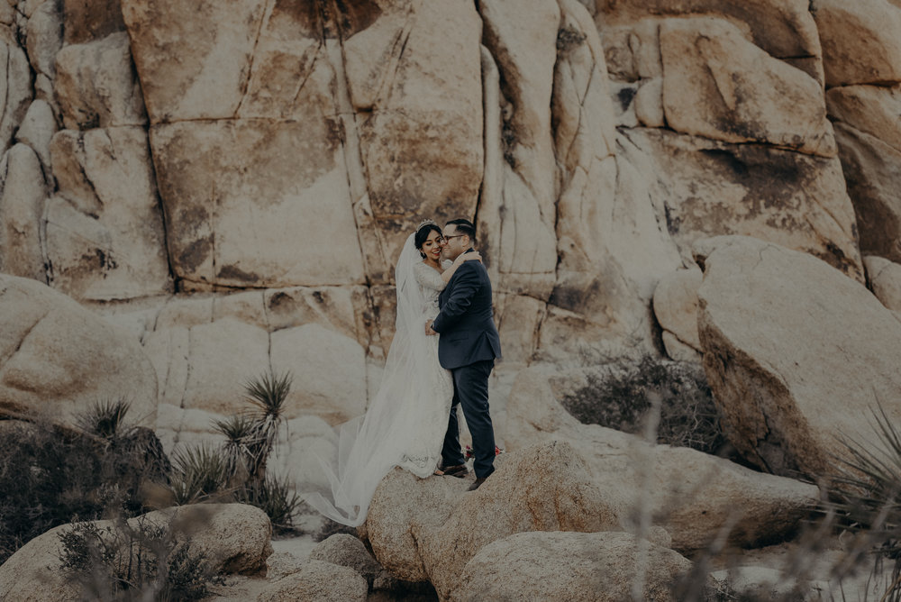 © Isaiah + Taylor Photography - Long Beach Wedding Photographer - Joshua Tree Elopement-101.jpg