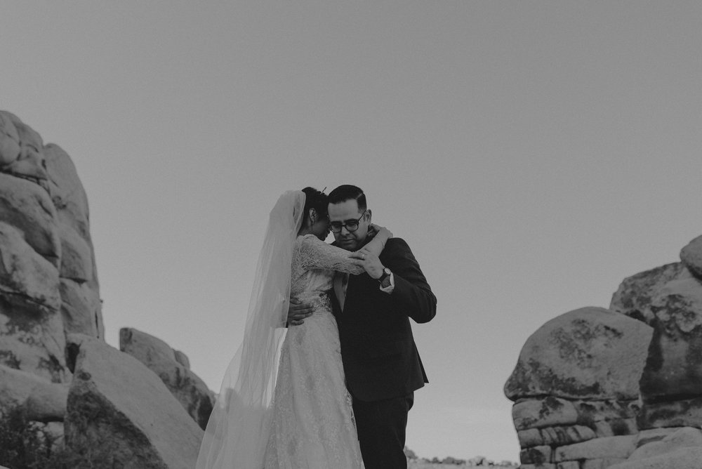© Isaiah + Taylor Photography - Long Beach Wedding Photographer - Joshua Tree Elopement-106.jpg