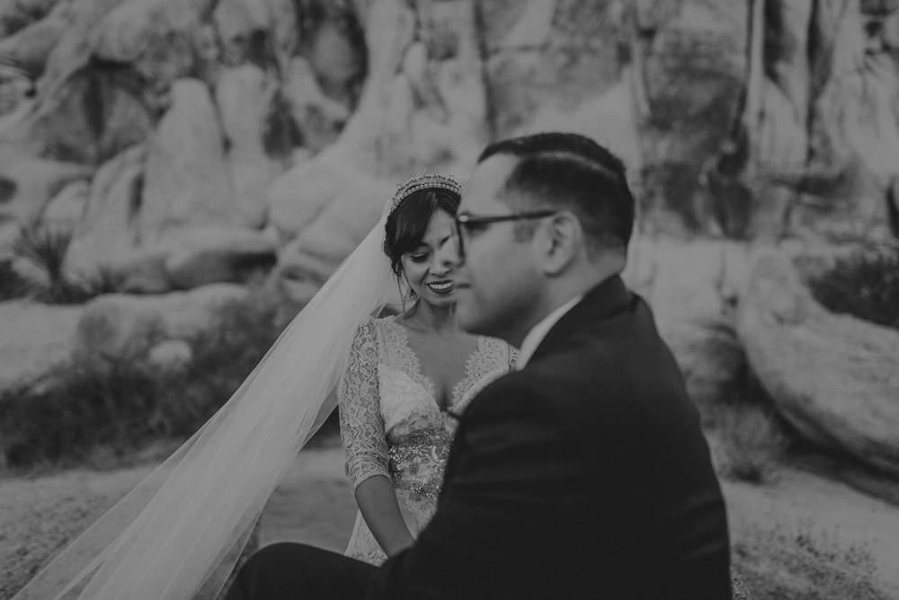 © Isaiah + Taylor Photography - Long Beach Wedding Photographer - Joshua Tree Elopement-108.jpg
