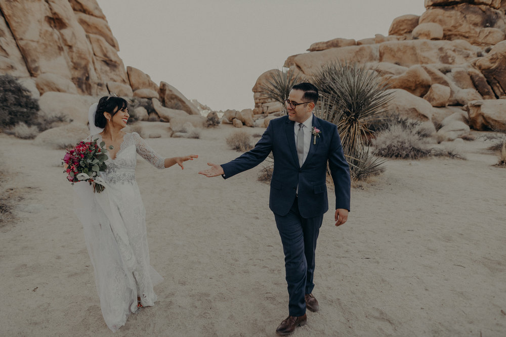 © Isaiah + Taylor Photography - Long Beach Wedding Photographer - Joshua Tree Elopement-118.jpg