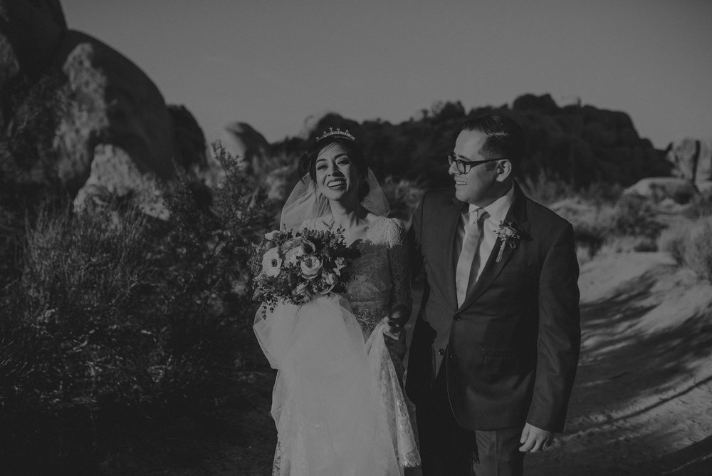© Isaiah + Taylor Photography - Long Beach Wedding Photographer - Joshua Tree Elopement-129.jpg