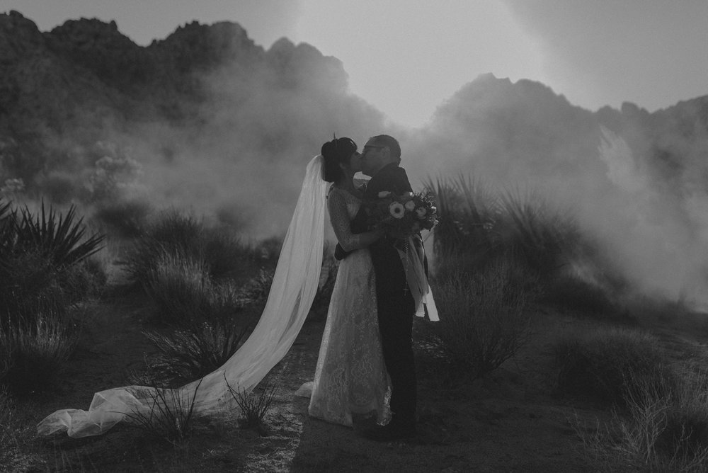 © Isaiah + Taylor Photography - Long Beach Wedding Photographer - Joshua Tree Elopement-143.jpg