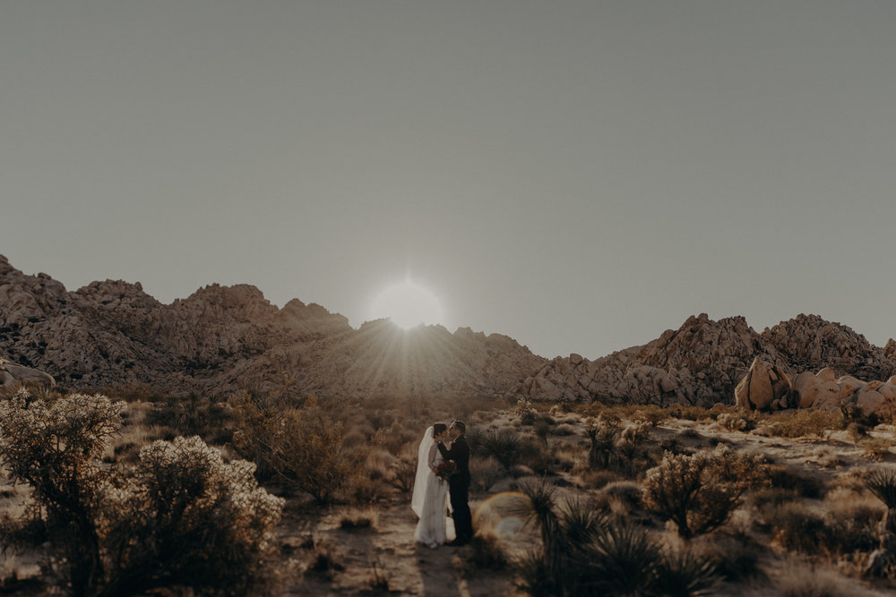 © Isaiah + Taylor Photography - Long Beach Wedding Photographer - Joshua Tree Elopement-149.jpg