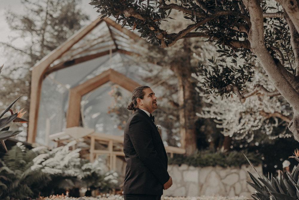 Isaiah And Taylor Photography - Los Angeles Wedding Photographers - La Venta Inn venue - Wayfarers Chapel-031.jpg