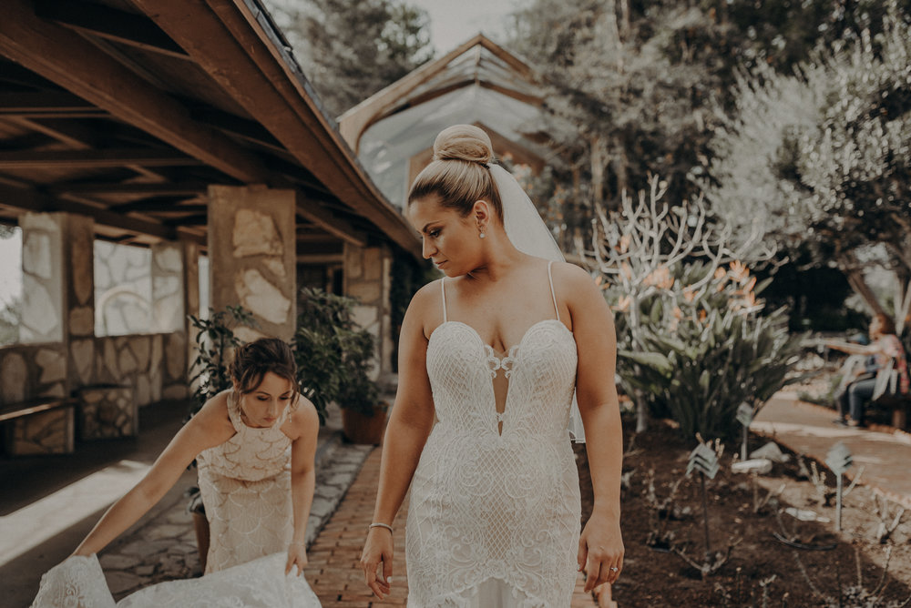 Isaiah And Taylor Photography - Los Angeles Wedding Photographers - La Venta Inn venue - Wayfarers Chapel-032.jpg