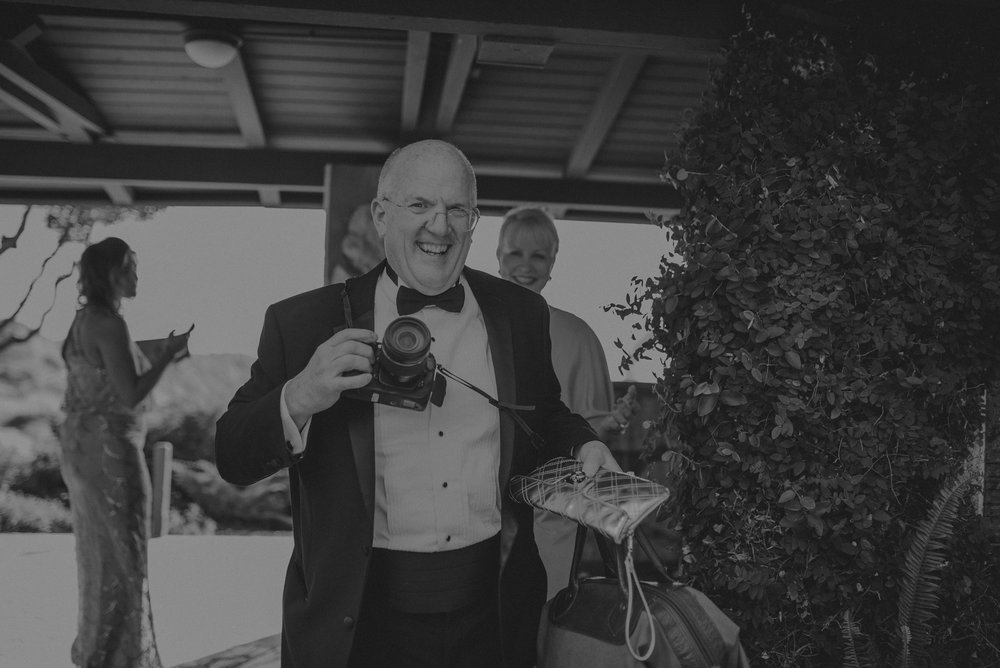 Isaiah And Taylor Photography - Los Angeles Wedding Photographers - La Venta Inn venue - Wayfarers Chapel-041.jpg