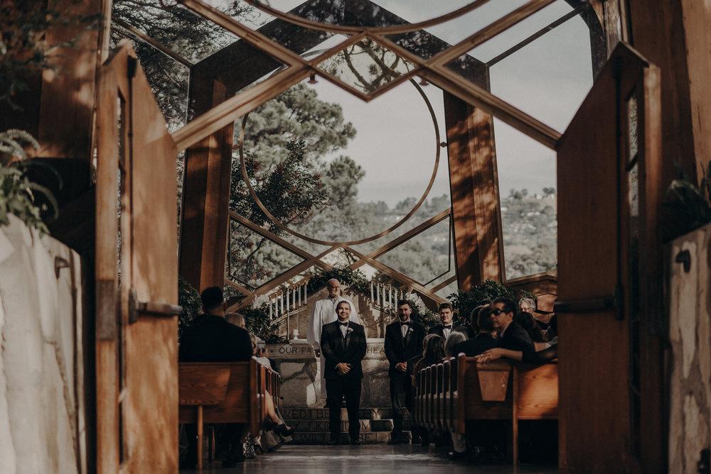 Isaiah And Taylor Photography - Los Angeles Wedding Photographers - La Venta Inn venue - Wayfarers Chapel-046.jpg