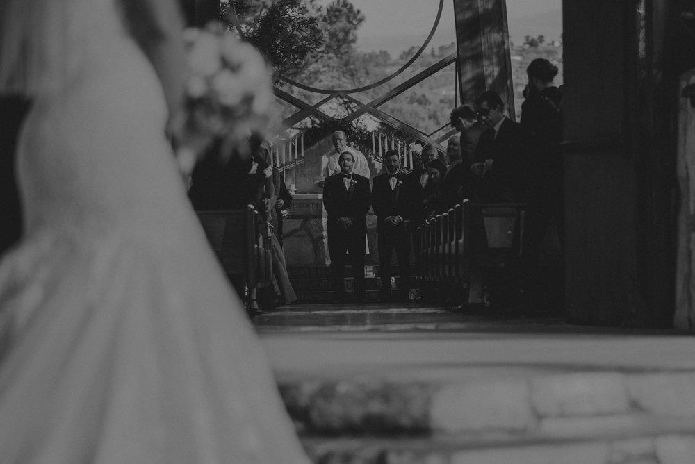 Isaiah And Taylor Photography - Los Angeles Wedding Photographers - La Venta Inn venue - Wayfarers Chapel-050.jpg
