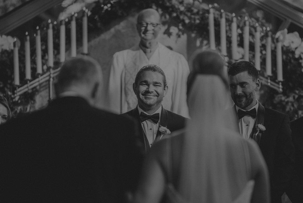 Isaiah And Taylor Photography - Los Angeles Wedding Photographers - La Venta Inn venue - Wayfarers Chapel-053.jpg