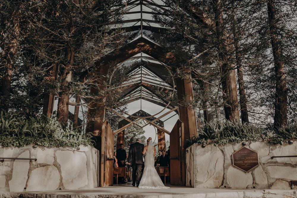 Isaiah And Taylor Photography - Los Angeles Wedding Photographers - La Venta Inn venue - Wayfarers Chapel-052.jpg