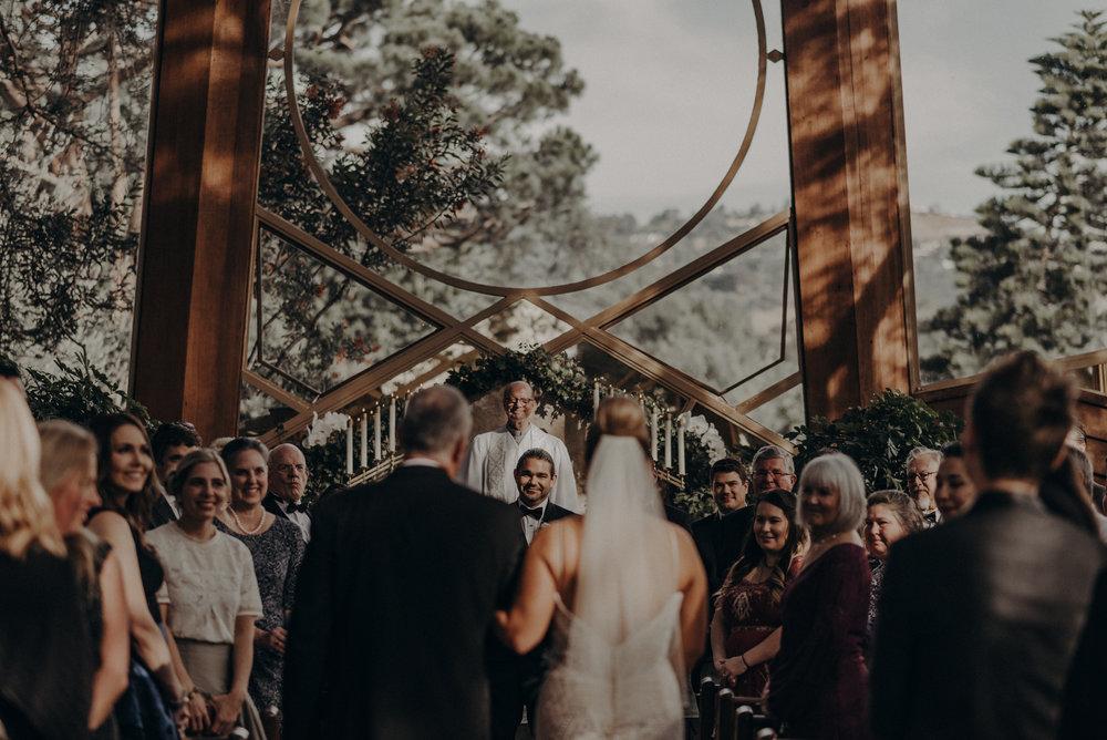 Isaiah And Taylor Photography - Los Angeles Wedding Photographers - La Venta Inn venue - Wayfarers Chapel-054.jpg