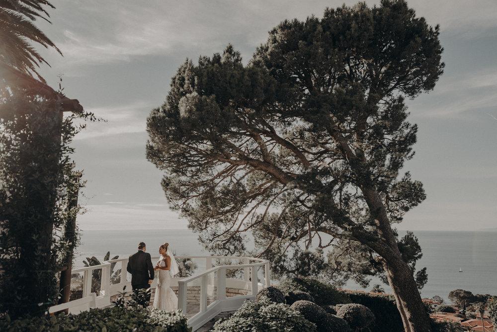 Isaiah And Taylor Photography - Los Angeles Wedding Photographers - La Venta Inn venue - Wayfarers Chapel-076.jpg