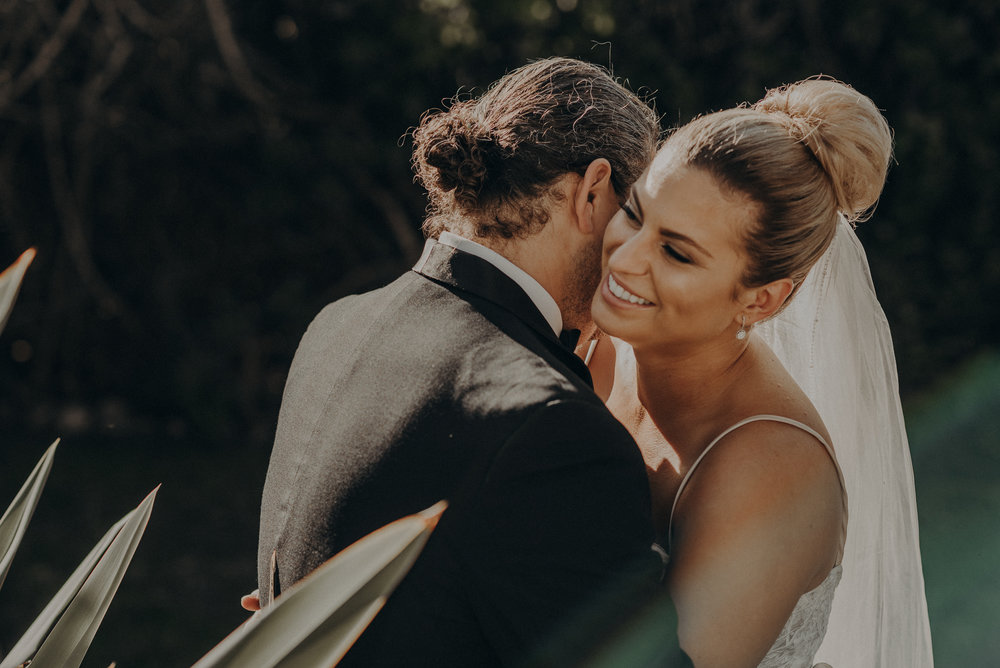 Isaiah And Taylor Photography - Los Angeles Wedding Photographers - La Venta Inn venue - Wayfarers Chapel-082.jpg