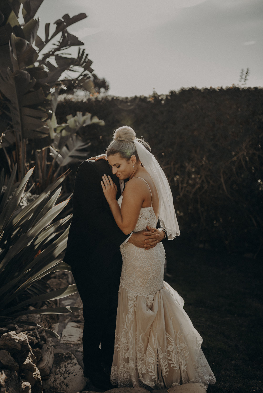 Isaiah And Taylor Photography - Los Angeles Wedding Photographers - La Venta Inn venue - Wayfarers Chapel-084.jpg