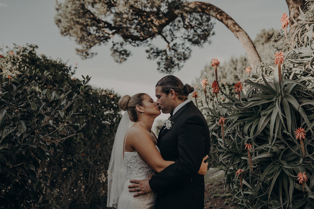 Isaiah And Taylor Photography - Los Angeles Wedding Photographers - La Venta Inn venue - Wayfarers Chapel-088.jpg