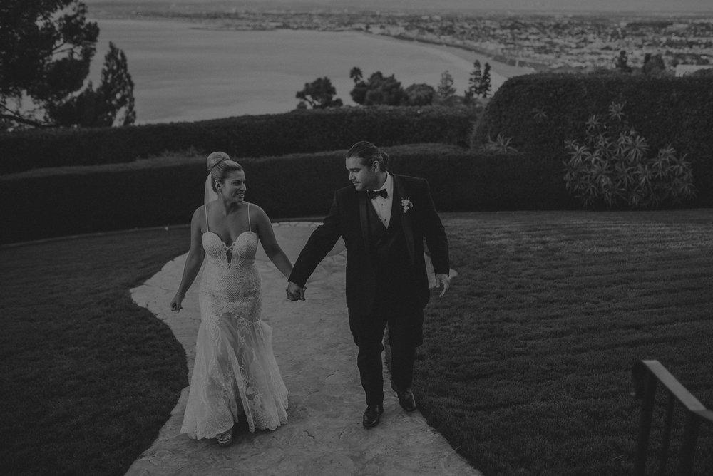 Isaiah And Taylor Photography - Los Angeles Wedding Photographers - La Venta Inn venue - Wayfarers Chapel-099.jpg