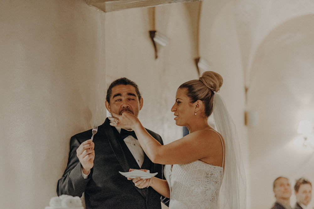 Isaiah And Taylor Photography - Los Angeles Wedding Photographers - La Venta Inn venue - Wayfarers Chapel-107.jpg