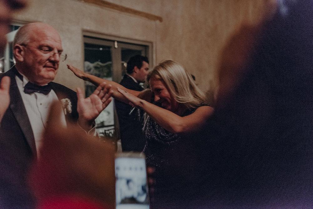 Isaiah And Taylor Photography - Los Angeles Wedding Photographers - La Venta Inn venue - Wayfarers Chapel-125.jpg