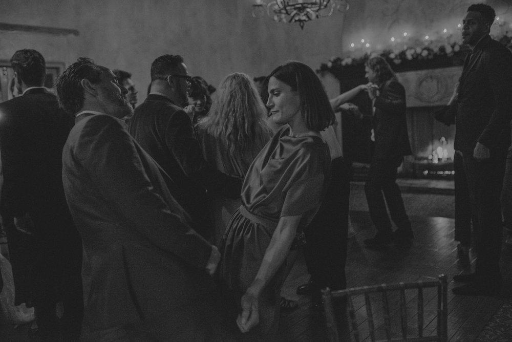 Isaiah And Taylor Photography - Los Angeles Wedding Photographers - La Venta Inn venue - Wayfarers Chapel-126.jpg