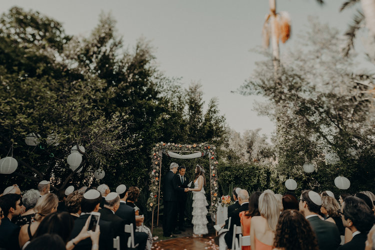 los angeles wedding photographer, long beach wedding, backyard wedding, laid-back