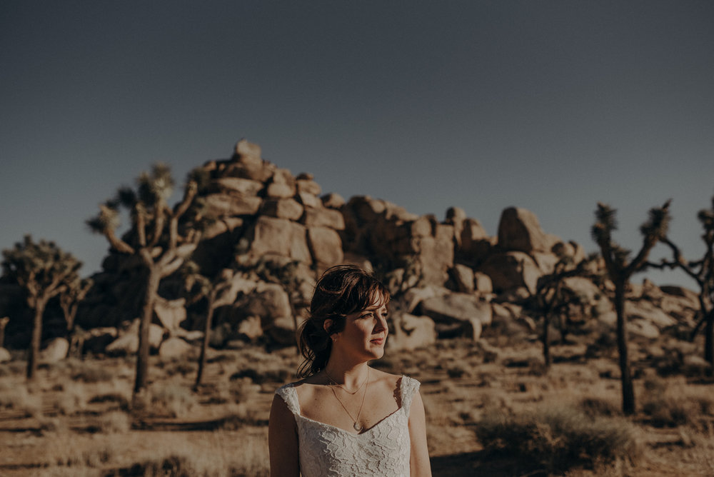 Joshua Tree Elopement - Los Angeles Wedding Photographers - IsaiahAndTaylor.com-005.jpg