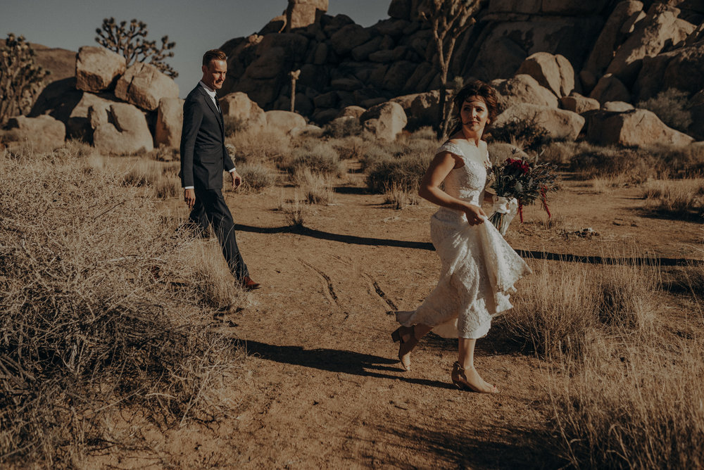 Joshua Tree Elopement - Los Angeles Wedding Photographers - IsaiahAndTaylor.com-010.jpg