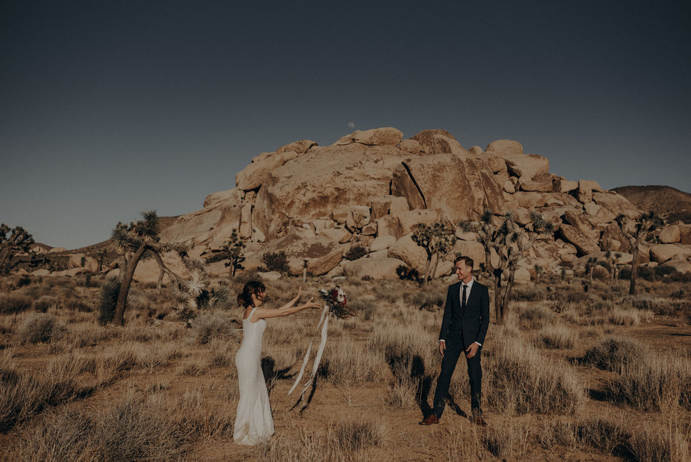 Joshua Tree Elopement - Los Angeles Wedding Photographers - IsaiahAndTaylor.com-011.jpg