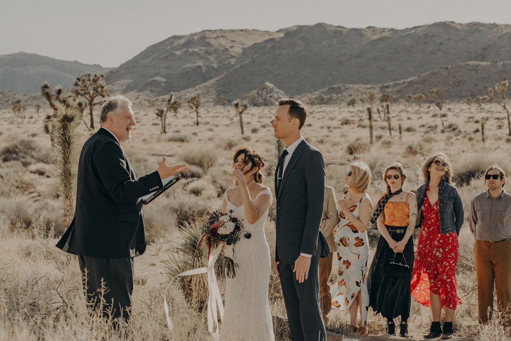 Joshua Tree Elopement - Los Angeles Wedding Photographers - IsaiahAndTaylor.com-020.jpg