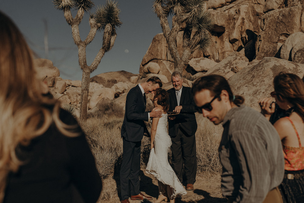 Joshua Tree Elopement - Los Angeles Wedding Photographers - IsaiahAndTaylor.com-033.jpg
