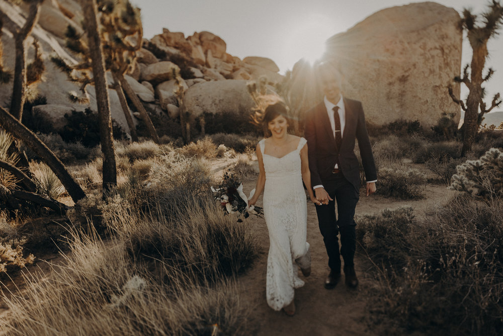 Joshua Tree Elopement - Los Angeles Wedding Photographers - IsaiahAndTaylor.com-064.jpg
