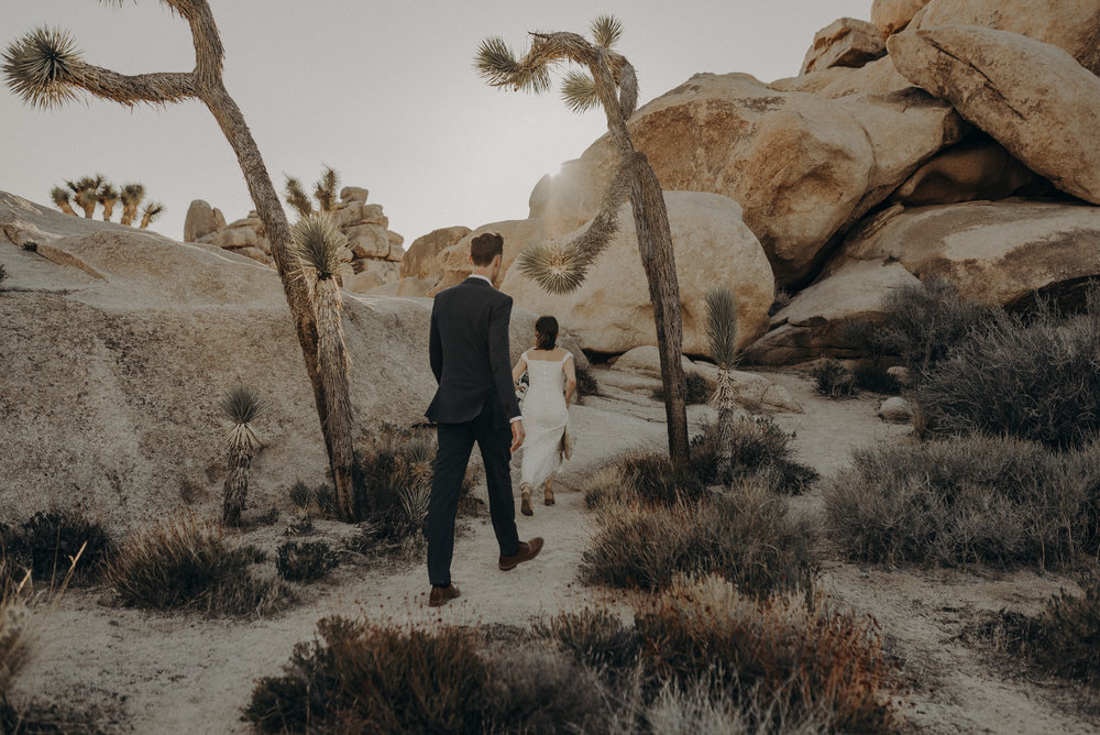 Joshua Tree Elopement - Los Angeles Wedding Photographers - IsaiahAndTaylor.com-070.jpg