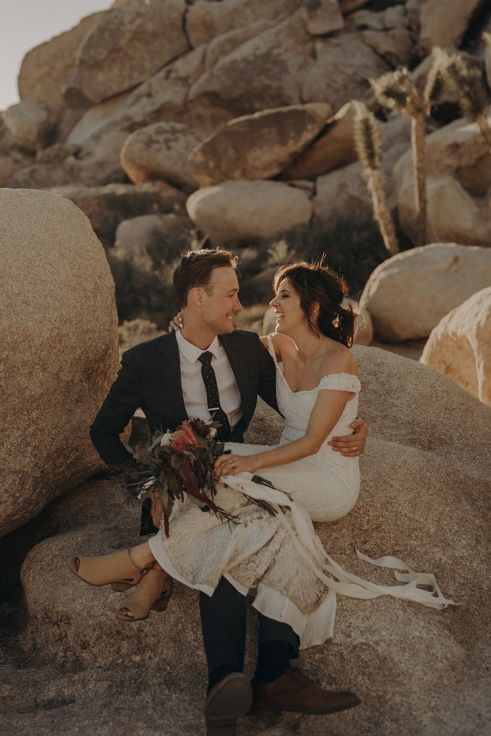 Joshua Tree Elopement - Los Angeles Wedding Photographers - IsaiahAndTaylor.com-077.jpg