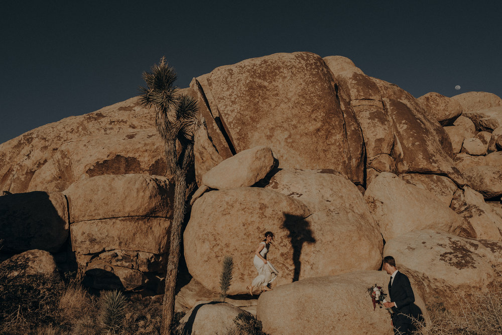 Joshua Tree Elopement - Los Angeles Wedding Photographers - IsaiahAndTaylor.com-085.jpg